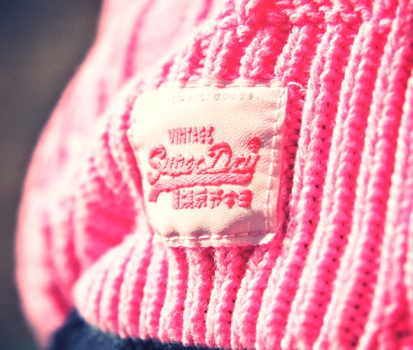 up pull knitwear marilyn darel superdry pink neon fluo rose_effected