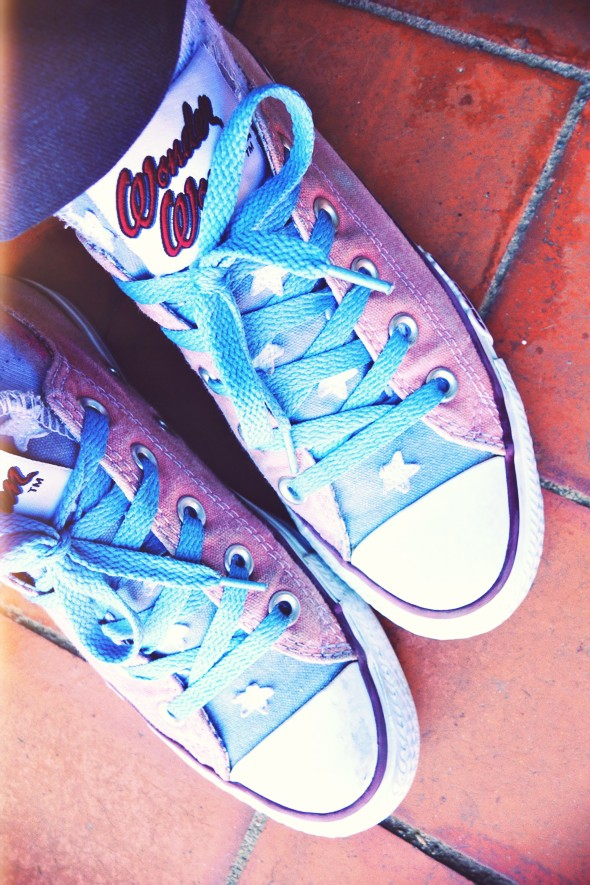 converse ox wonder woman