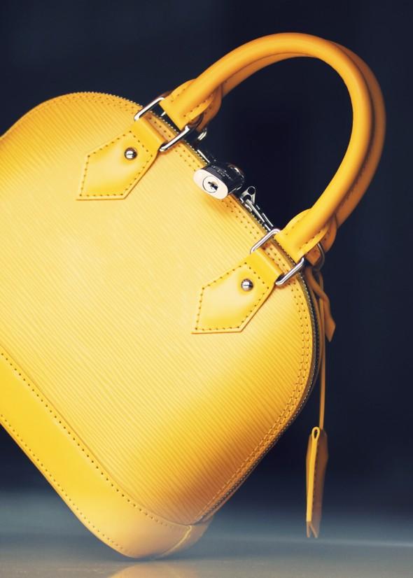 gucci epi mini bag sac yellow amarillo jaune_effected