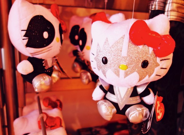hello kitty kiss edition band music_effected