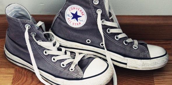 chuck_taylor_converse_grey