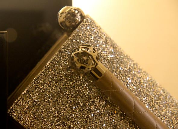 -pochette chanel cuir leather glitters silver sac bag pouch night
