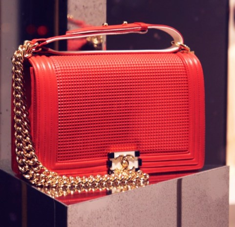 Le boy bag perforated red leather