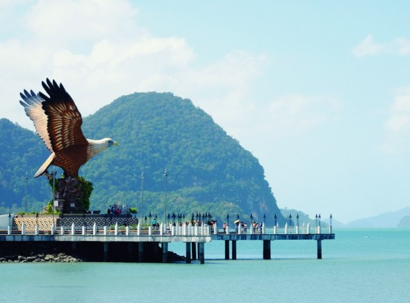 Langkawi eagle_effected