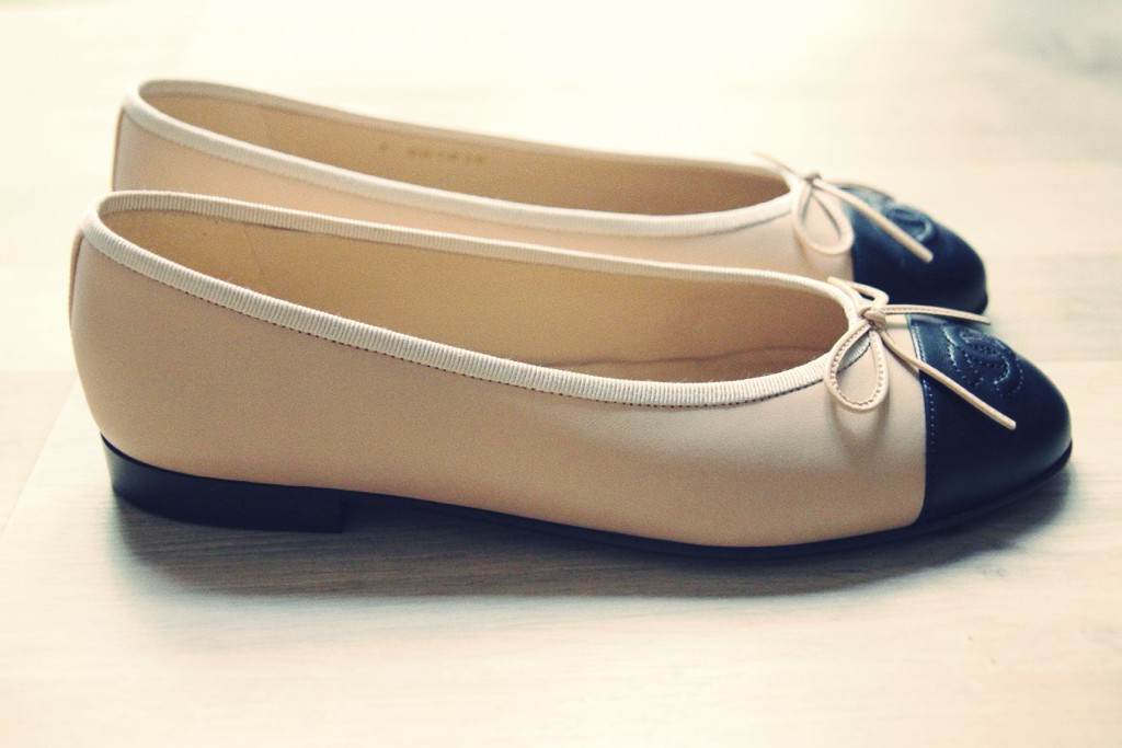 e984b969d33 chaussures chanel.  comparatif ballerines chanel repetto chaussures plates effected