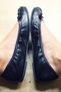 ballerines_ballerinas_flats_mbmj_mice_souris_marc_by_marc_jacobs_black_noir_negro_leather_piel_cuir_shoes_chaussures_COTE_.jpg_effected