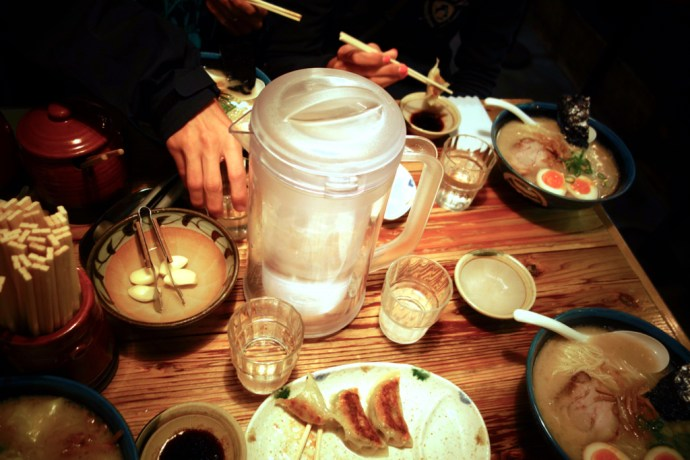 ramen_shop_restaurant_food_japan_tokyo_gyoza_foodie