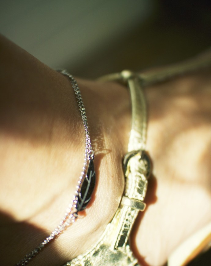 anklet_bracelet_cheville_zag_plume_feather_effected