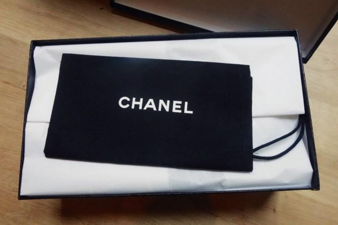 Boite à chaussures Chanel