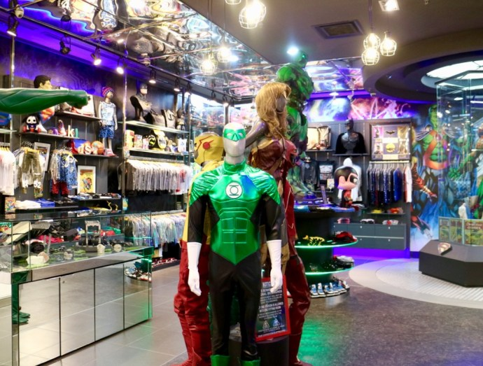DC Comics Super Heroes Cafe Boutique Shop