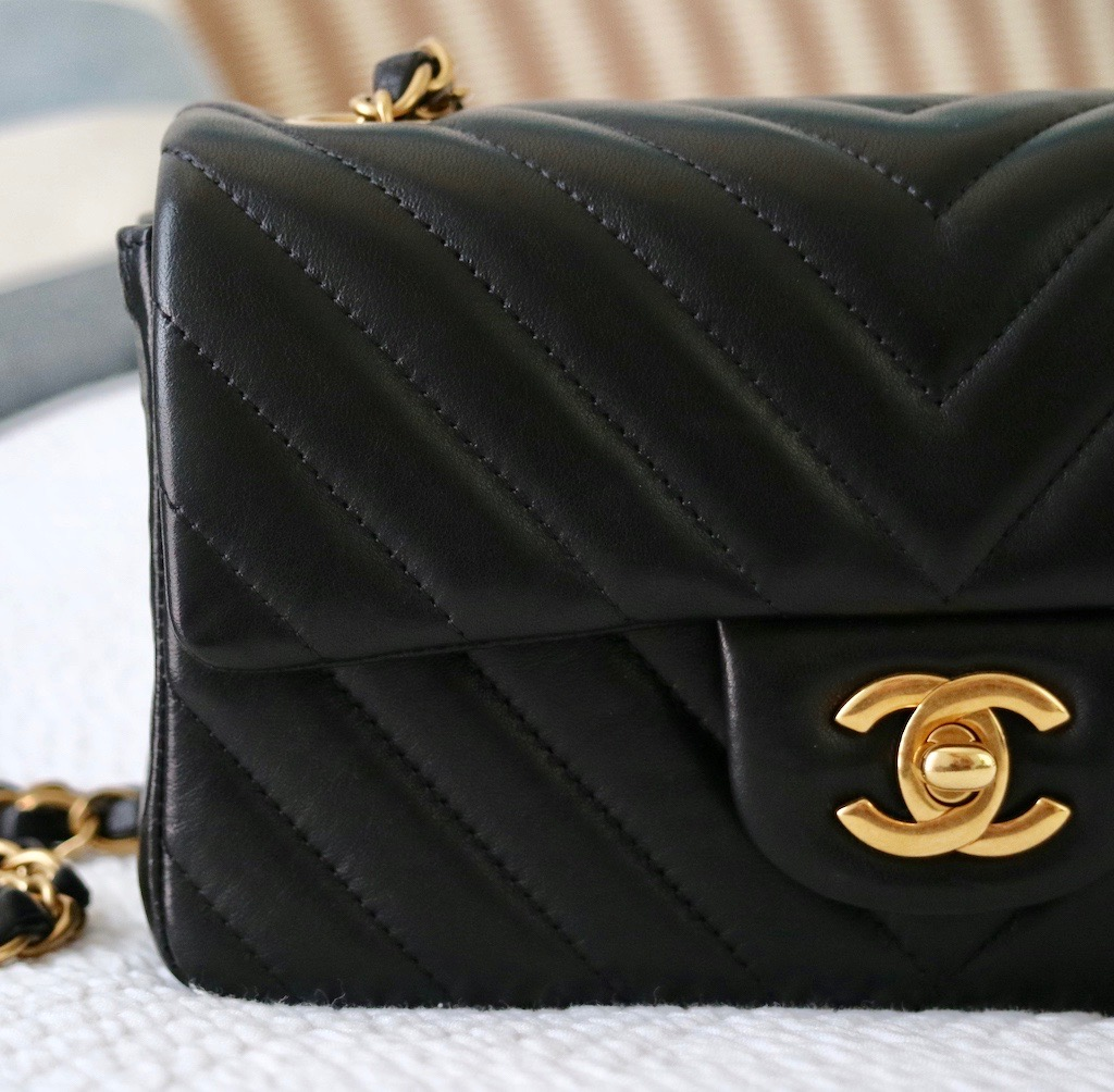 chanel mini flap bag my honest review � bowsome blog