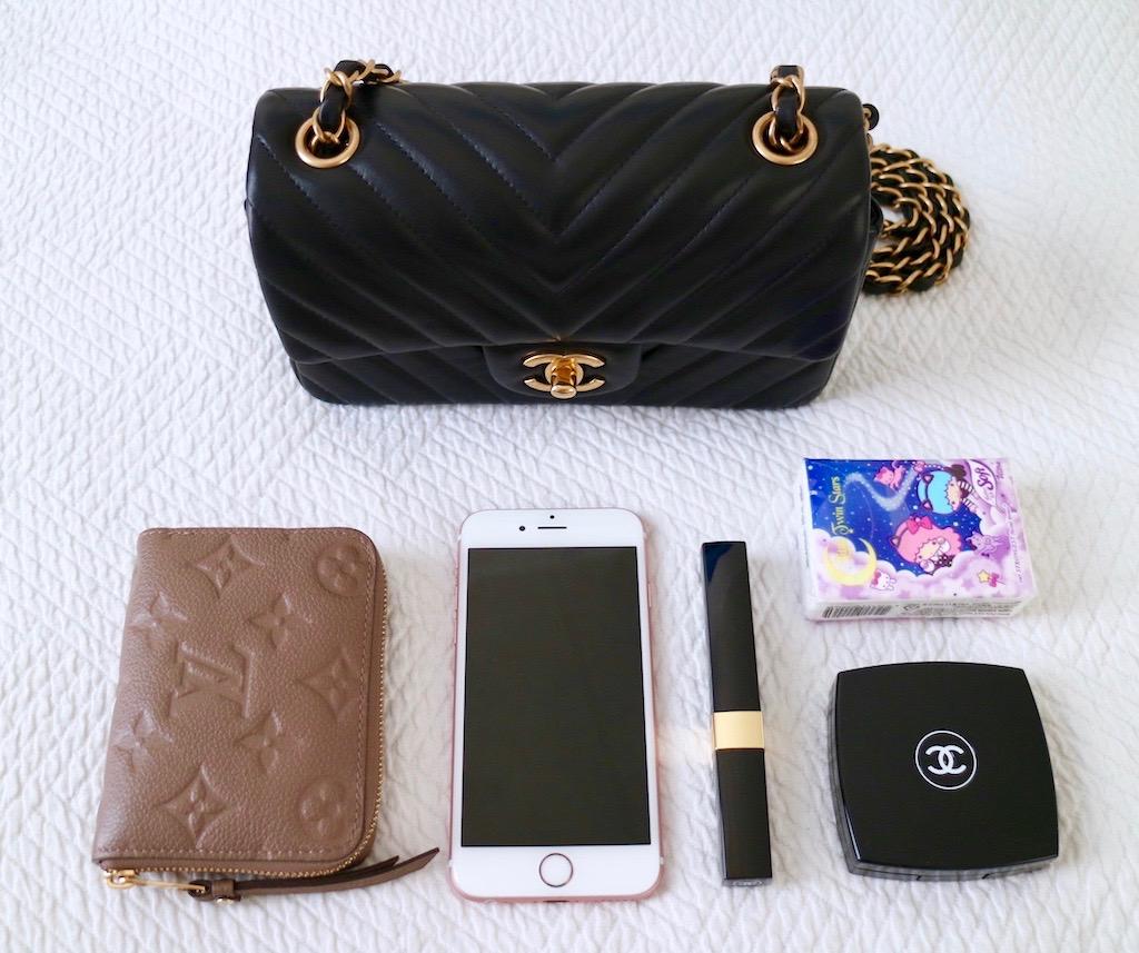 f3f61831f5ef What fits inside a Chanel New Mini flap bag What fits inside a Chanel Mini  bag