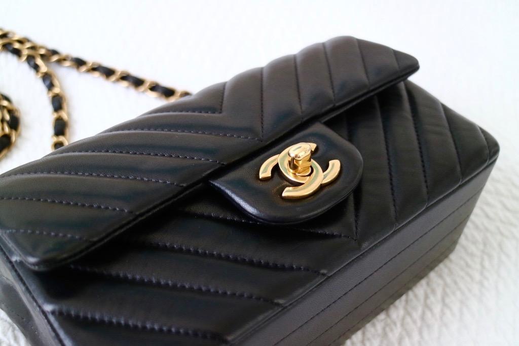 e310265317e7 CHANEL Mini Flap Bag   My Honest Review ! – Bowsome blog