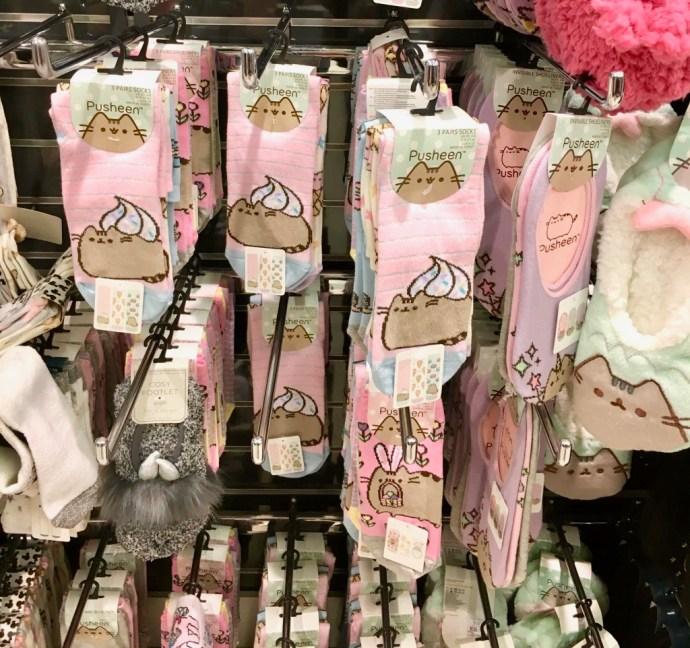pusheen primark socks