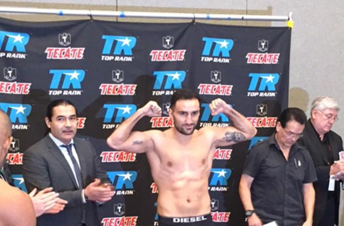 Karo Murat gegen Sullivan Barrera - Das Wiegen / Foto: EC Boxing