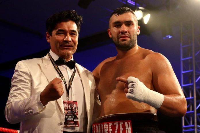 Erol Ceylan und Ali Eren Demirezen / Foto: EC Boxing