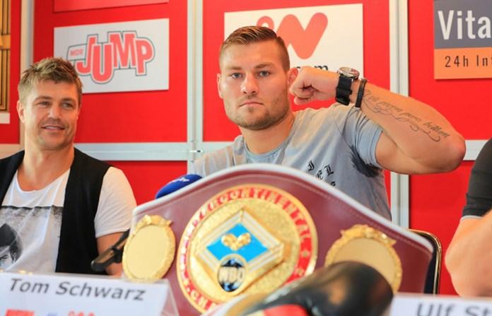 SES-Schwergewichtler Tom Schwarz trifft in seiner ersten Verteidigung des WBO-Inter-Conti-Titels auf den ungeschlagenen Polen Marcin Siwy