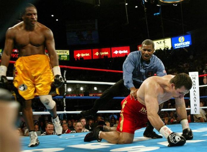 Klitschko erlitt am 10. April 2004 eine bitter Niederlage als er den Kampf gegen den US Amerikaner Lemon Brewster durch tKO in Runde 5 verlor.