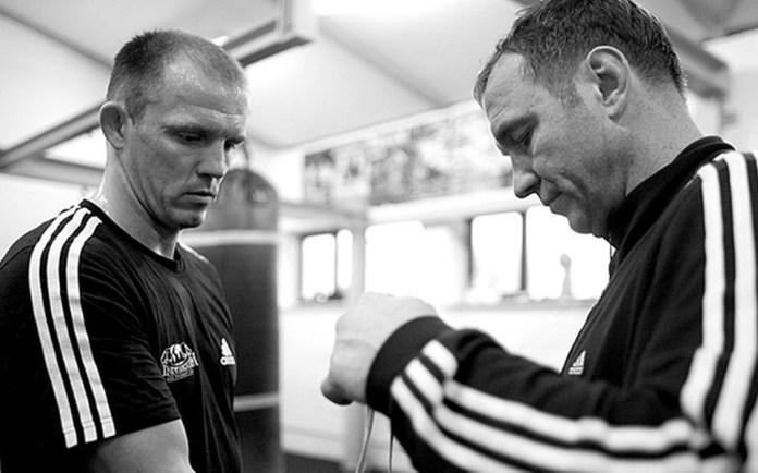 Trainer Michael Timm (rechts) glaubt an den Turniersieg in der World Boxing Super Series von Jürgen Brähmer.
