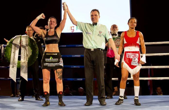 Sandra Atanassow siegt im Kampf um den WBC International-Titel gegen Liliana Martinez