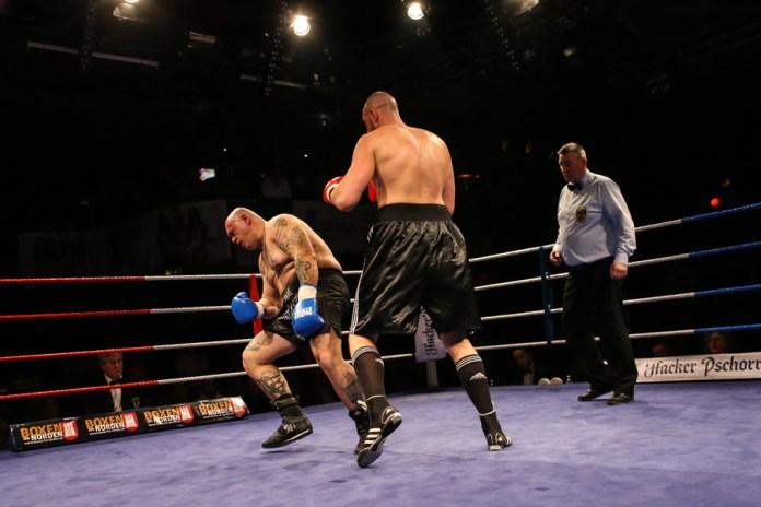 Christian Lewandwoski vs Zoltan Csala- Foto by © Torsten Helmke