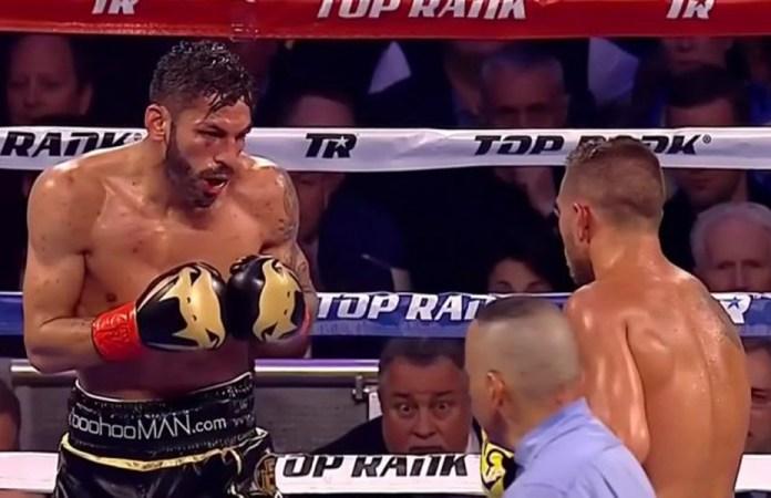 Vasyl Lomachenko vs Jorge Linares 11