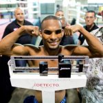 9 ago 2013 Bomba Gonzalez last pre weigh in and training for Giovani Segura 19