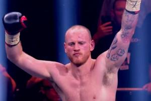 George Groves conquers Jamie Cox