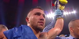 Boxing World Reacts To Lomachenko Winning Lightweight Unification