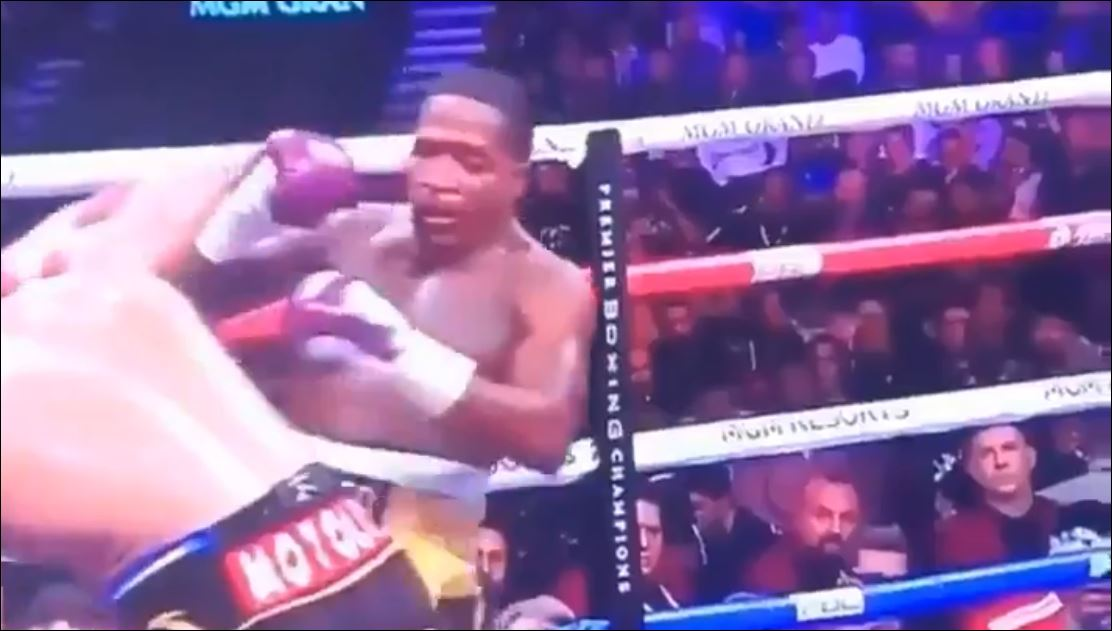 Video Shows Punch Pacquiao Landed Making Broner Do A Funny Dance