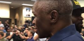Mayweather Reacts To His 66 Year Old Father Getting Dropped In Sparring