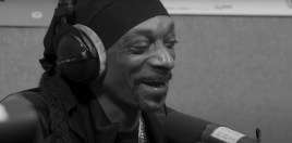 rap artist snoop dogg moves into the boxing world