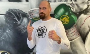 Photo Shows Tyson Fury Is Very Lean Ahead Of 2021 Return