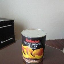 桃の缶詰にローカルスーパーの本気を見た。