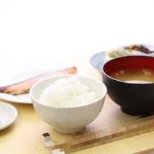 腹が減っては戦はできぬ!日本男児の食卓に一膳「侍箸」!