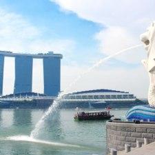 進撃のエスニックカップヌードル。シンガポール風ラクサを食べてみた。