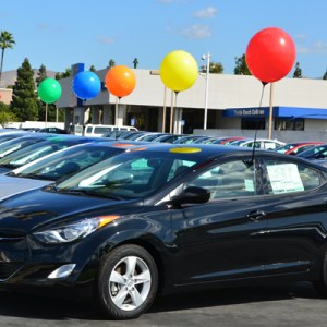 Reusable Balloons for Your Car Lot!