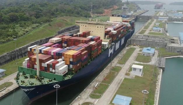 Canal de Panamá bate récord de carga pese a la pandemia y guerra comercial EE.UU. - China
