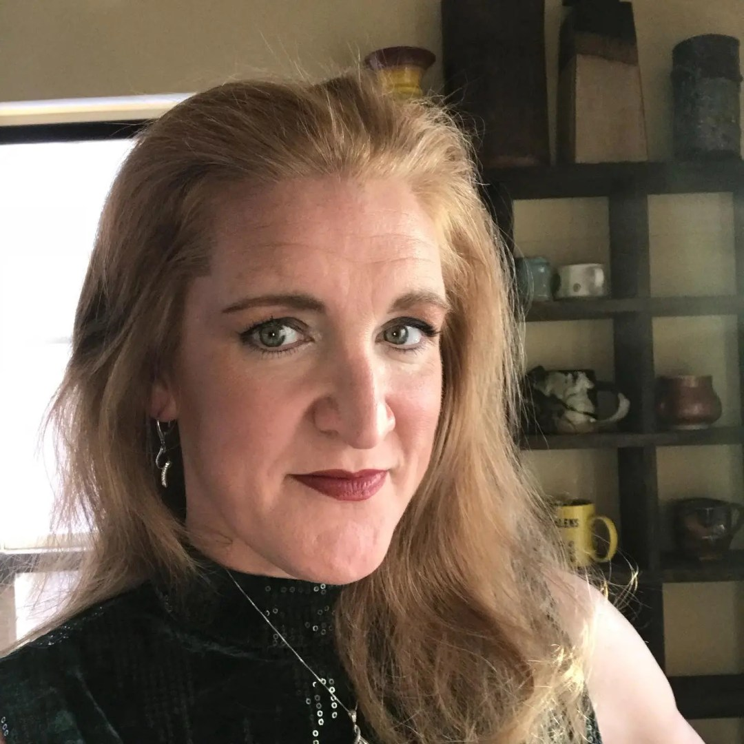 Cindy Bracker