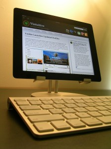 ipad on stand with bt keyboard