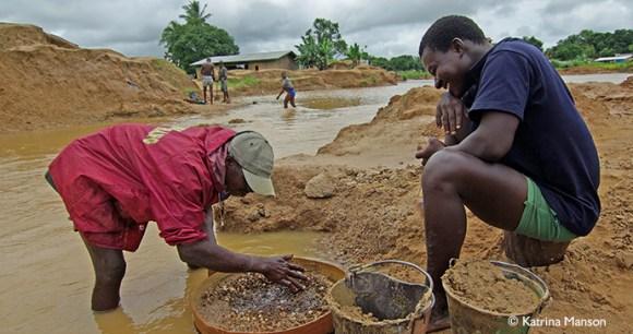 Diamond mining in Koidu Sierra Leone by Katrina Manson