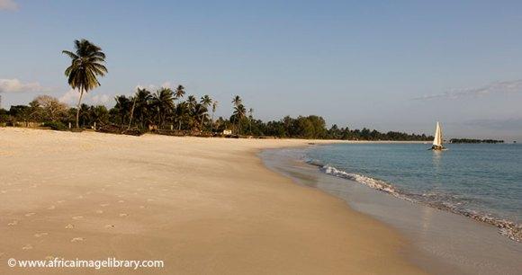 Beach Dar es Salaam by Ariadne Van Zandbergen, Africa Image Library
