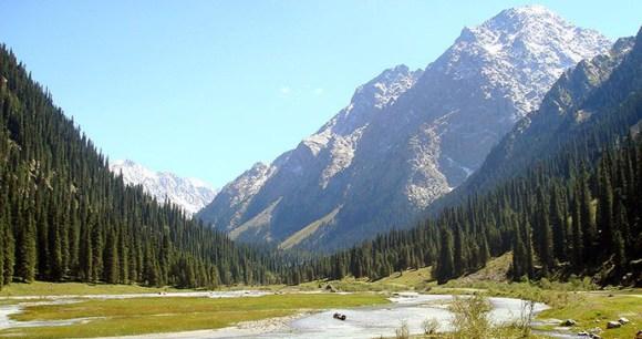 Karakol valley, Kyrgyzstan by Ondřej Žváček, Shutterstock