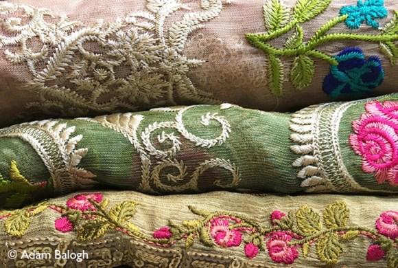 Karachi Bazaar Pakistan by Adam Balogh