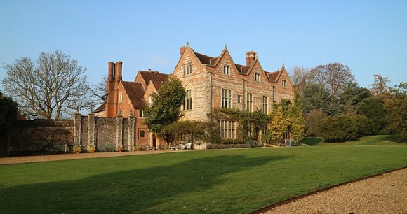 Greys Court Chilterns by Crispin Cooper Wikimedia Commons