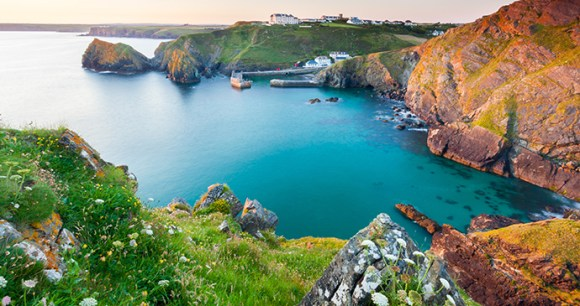 Mullion Cove Cornwall by Ian Woolcock Shutterstock