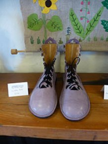 Green shoes, Dartmoor Artisan Trail by Hilary Bradt