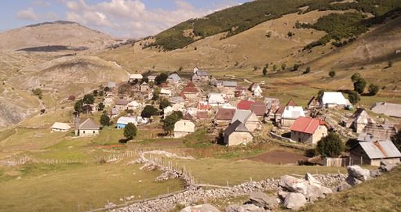 Lukomir village, Bosnia by Tourism Association of Canton Sarajevo