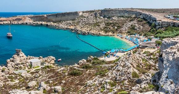 Paradise Bay Malta by © www.viewingmalta.com