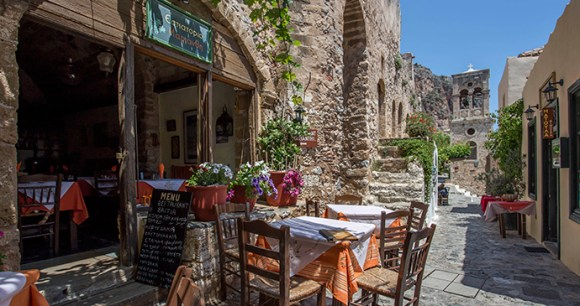 Monemvasia castle walls, Peloponnese, Greece © Byzantino Hotel